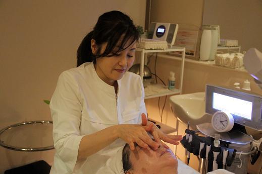 専門のエステティシャンを配置。美容はもちろん、心身を癒すエステサービスを提供しています。